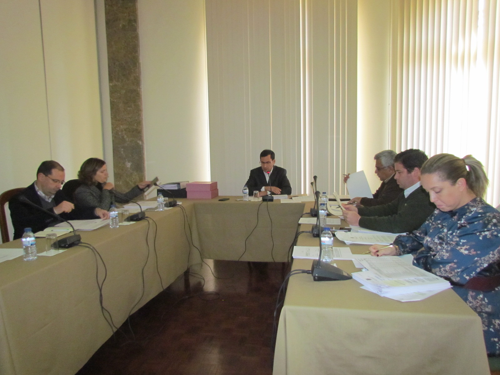 Vereadores socialistas preocupados com edifícios em ruínas no concelho de Arganil
